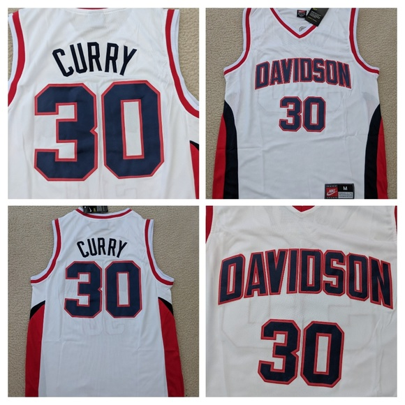 sale retailer 2d863 186f6 Steph Curry Davidson Jersey Size Medium NWT